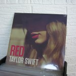 023_TAYLOR_SWIFT_Red