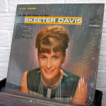 18_SKEETER_DAVIS_let_me_get_close_to_you_LP_vintage_vinyl_at_WILD_HONEY_knoxville_record_store